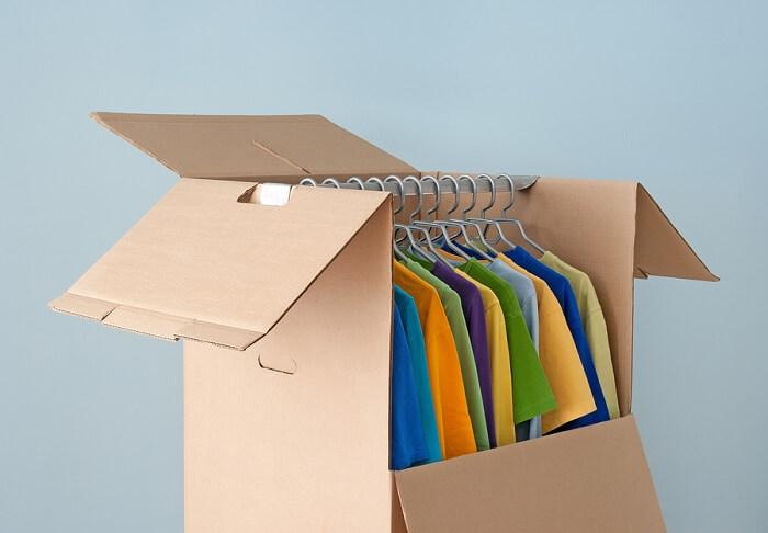 Las cajas armario son una buena solución para trasladar la ropa delicada